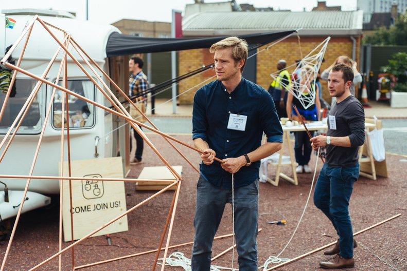 Stewart and Gunnar & their MLN caravan  ©BritishCouncil