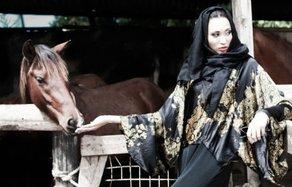 An-Nisa Abayas Fatmah Naeem. Photograph by SajjedaDewji.
