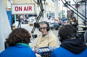 Special Edition of Chrisp Street on Air for IAS © Dosfotos