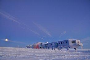 Ice Lab: events programme  Halley VI. Copyright A. Dubber, British Antarctic Survey