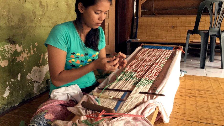 Malaysia Pua Kumba weaver. Photograph by Grey Yeoh