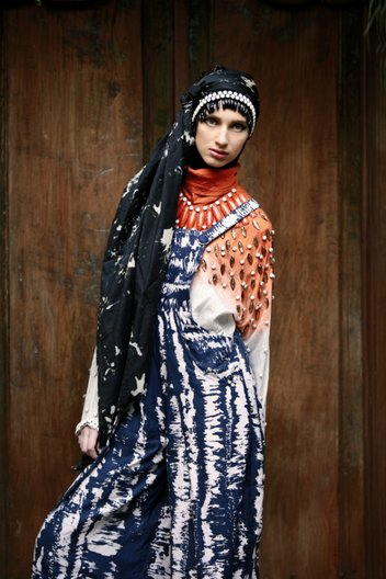 Dian Pelangi Designer: Dian Pelangi in collaboration with Nelly Stewart and Odette Steele Photographer: Dion Muharrom
