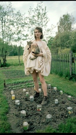 Katerina Plamitzerova Designer: Katerina Plamitzerova, Photographer: Michaela Karasek Cejkova