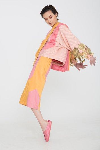 Graduate Fashion Week International Residency Award  Design by 2014 winner Holly Jayne Smith. Image by Stoney Studio