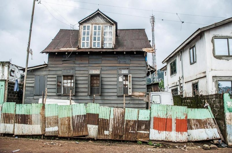 Krio Board House Research, Freetown, Sierra Leone © Dominic Oliver Dudley