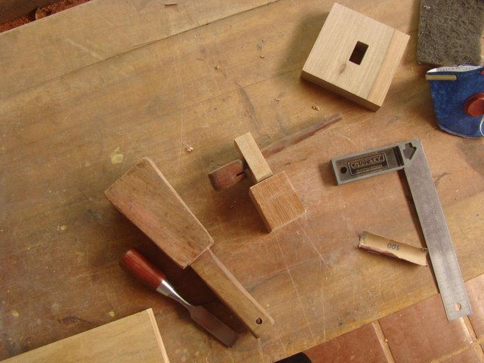 Making of joinery details with carro de boi 'key' © Laura Georgina Smith