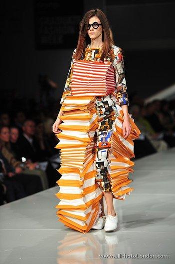 GFW 2012 Textile Award winner Ziaoping Huang (Lancashire)