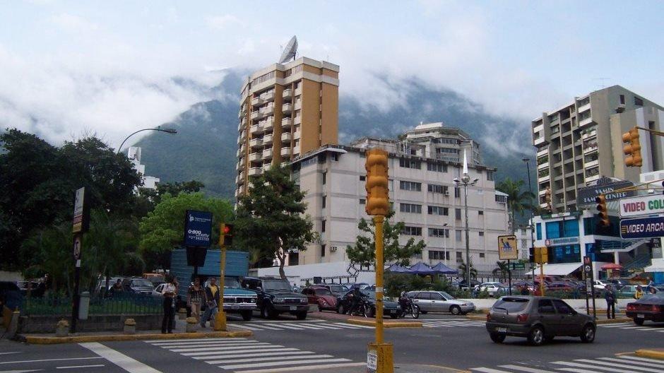 Altamira, Caracas © Tony Delaney