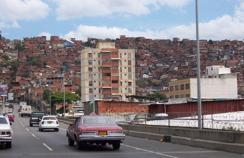 Barrio, Caracas © Tony Delaney