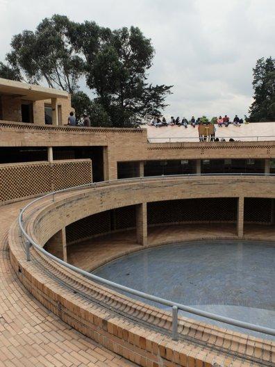 Roofscape activity at post-graduate building for Social Sciences, Universidad Nacional © Freya Cobbin
