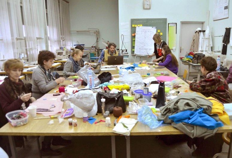 Workshop making phase. Photo courtesy Florie Salnot
