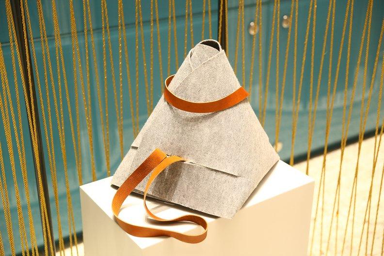 Dastarkhan (bag mat) by Akbota Serikova Photographer: Roman Akhmetov