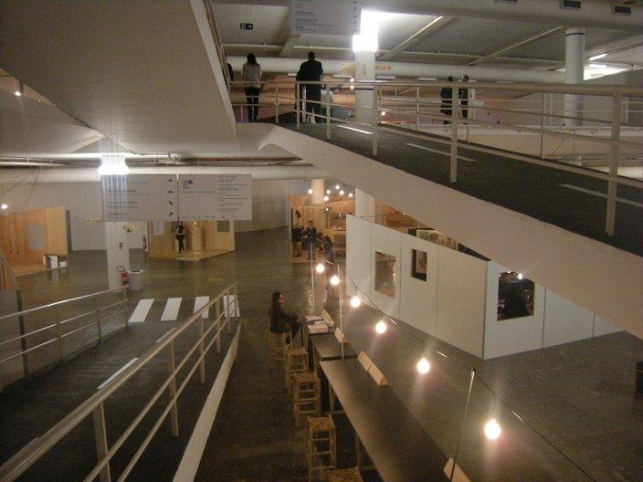 Inside Niemeyer's Bienal Pavilion