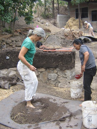 Helen Shears: 'visit to cob community library, AMCC – Little Cob House exchange, Matagalpa, 2010' Helen Shears
