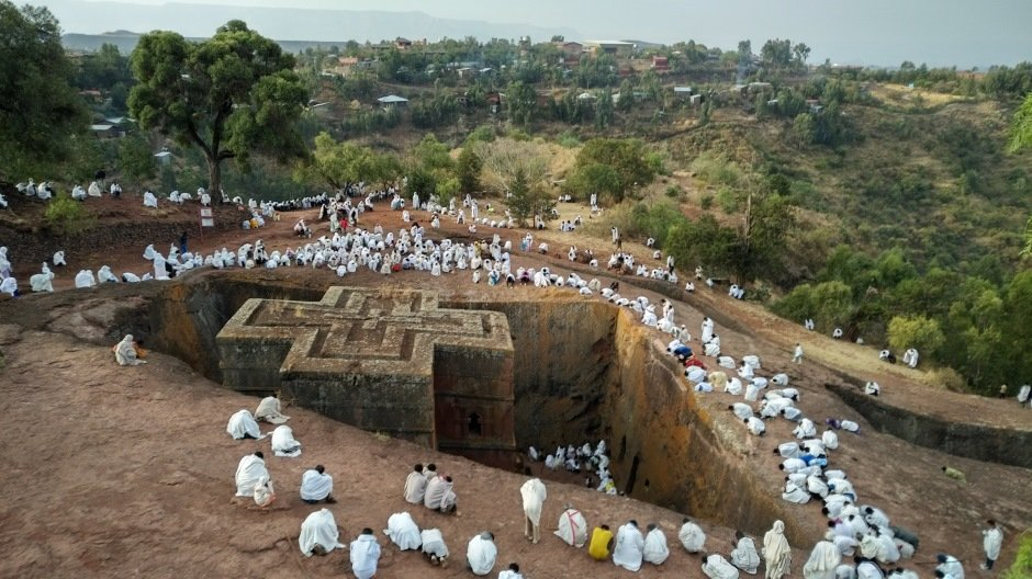 Early morning above Bet Ciyorgis Church in Lalibela © Owen Wainhouse
