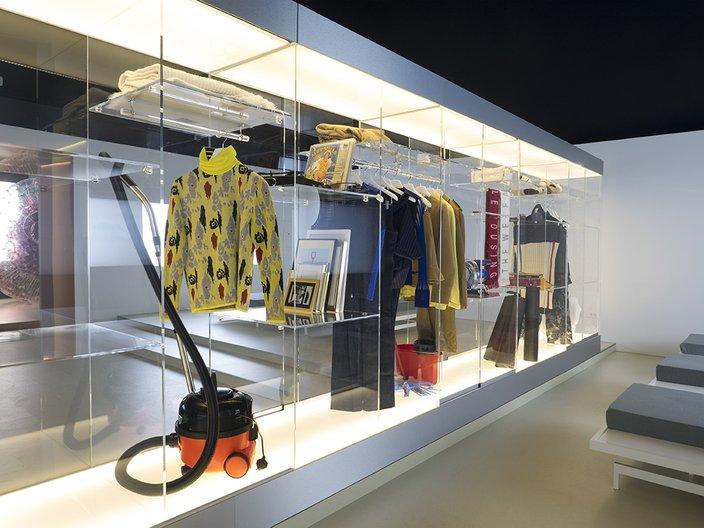 Hours room, Home Economics at the British Pavilion, Venice Architecture Biennale 2016 © British Council. Photo Cristiano Corte.