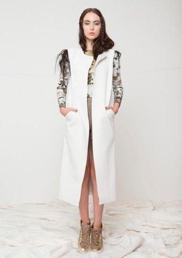 Romania - Designer Cristina Sabaiduc Phillip Suddick