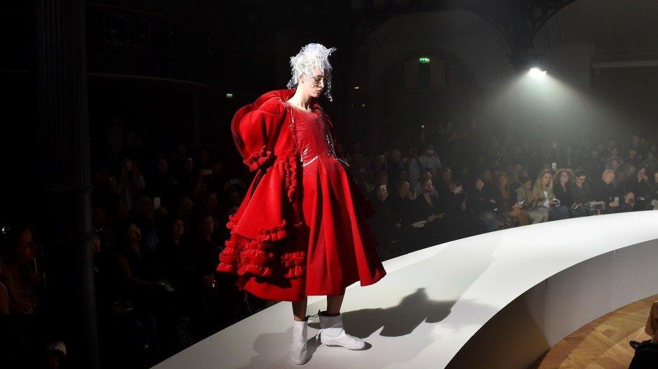 Catwalking Fashion Through the Lens of Chris Moore © Comme des Garçons, SpringSummer 2017