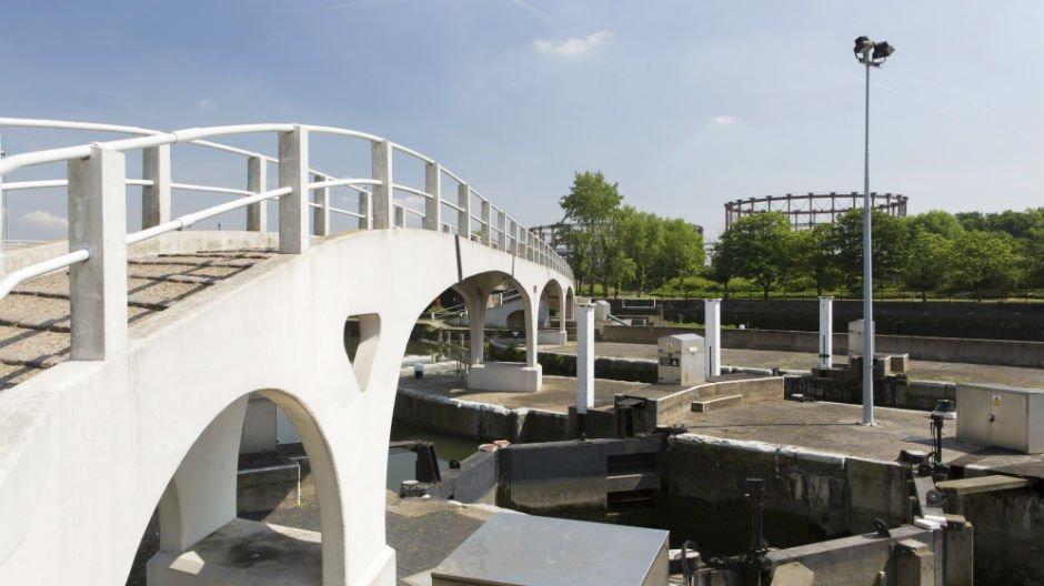 Bridge over Limehouse Cut, Poplar © Agnese Sanvito