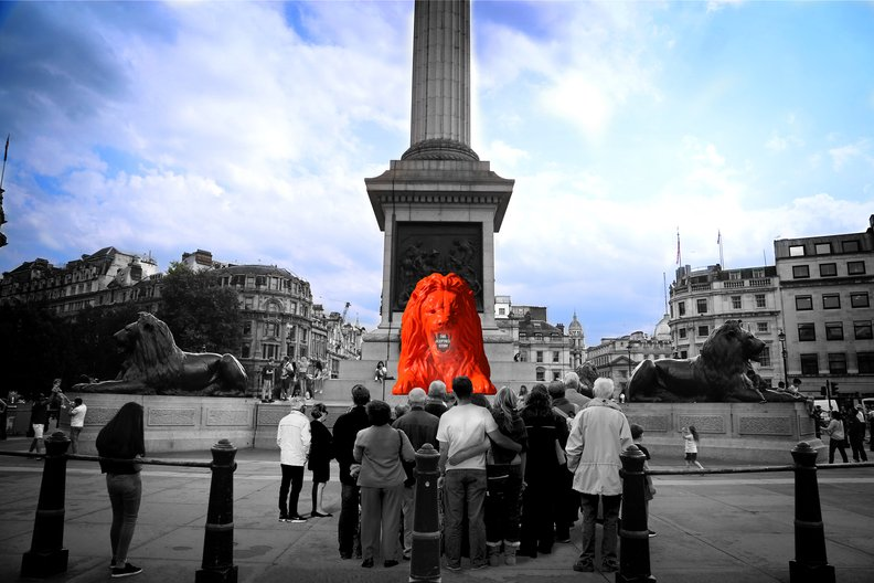 Es Devlin: Please feed the Lions © LDF