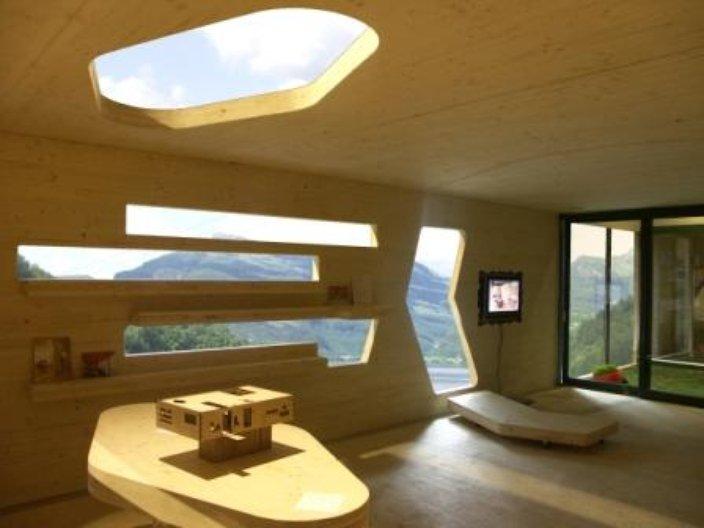 Naked House - Image courtesy of dRMM