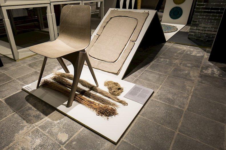 Christien Meindertsma winning FLAX Chair Nick Bookelaar
