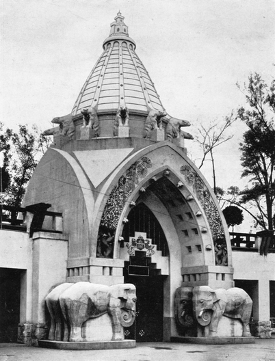 Buffalo House, 1912, fkapu is Main Gate of the Budapest Zoo: Courtesy of archives at Budapest Zoo