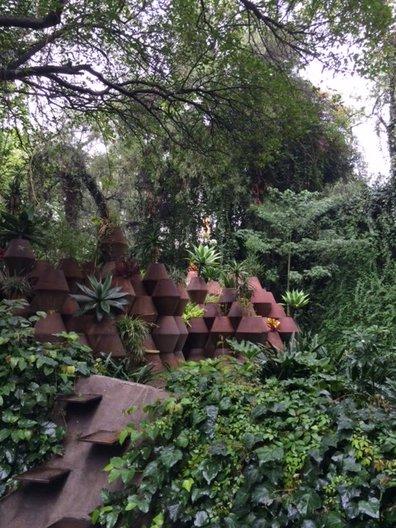 Archivo's garden and the pavilion designed by Pedro&Juana photo: João Guarantani