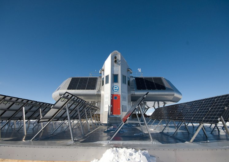 Princess Elisabeth Antarctica Research Station, finished station. Copyright: René Robert - International Polar Foundation