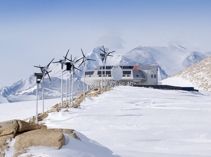 Princess Elisabeth Antarctica Research Station. Copyright: René Robert - International Polar Foundation